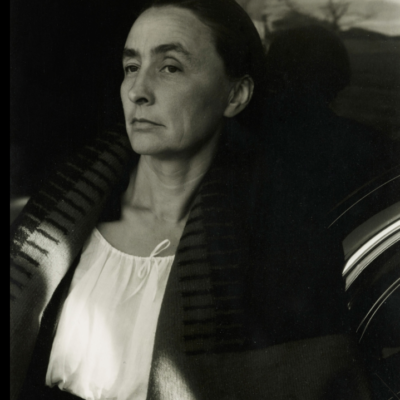 To See: Georgia O'Keeffe, Living Modern