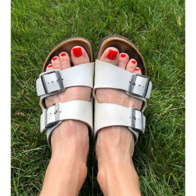 My Summer Essentials #1: A Basic Birk + A Red Nail